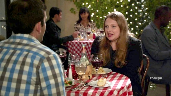Merritt+Wever+New+Girl+Season+2+Episode+24+IZ4BbIZMiPVl